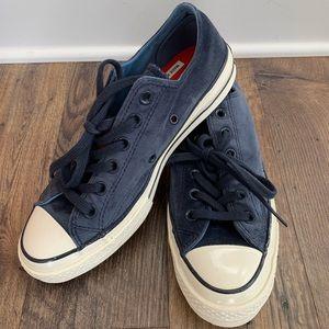 NIB Blue Velvet Converse